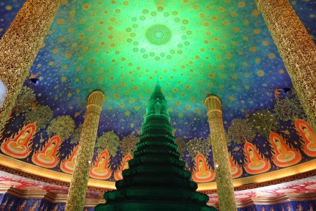タイ・バンコクの女子旅で行きたいインスタ映え寺院ことワット・パクナム