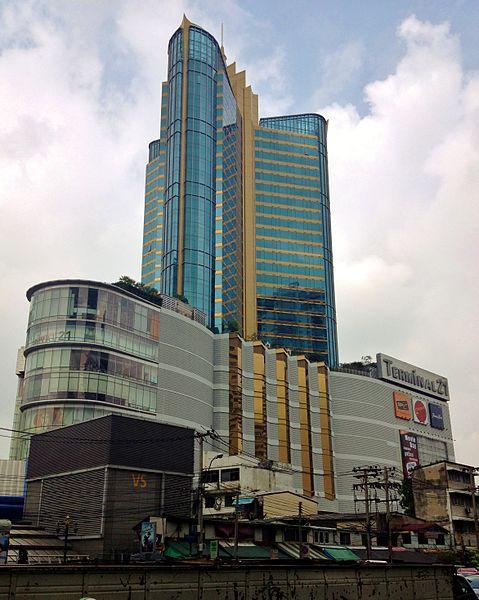 タイ・バンコクの観光拠点、スクンビットのアソークにあるターミナル21
