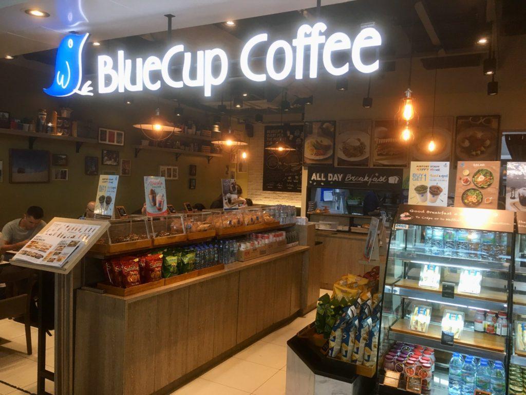 バンコク・スワンナプーム空港3階のカフェBluecup coffee