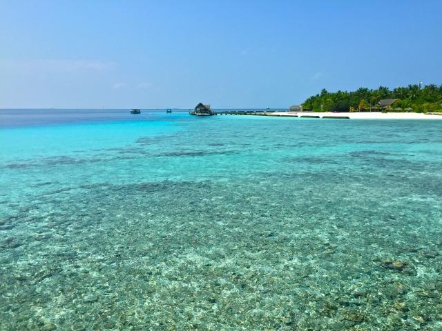 タイ旅行のベストシーズン、プーケットの海
