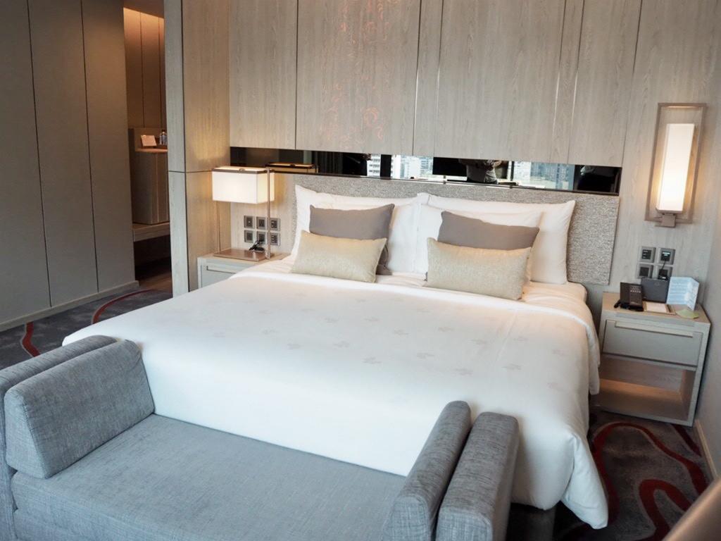 ホテル・ニッコー・バンコク(日航ホテル)のプレミアのベッド