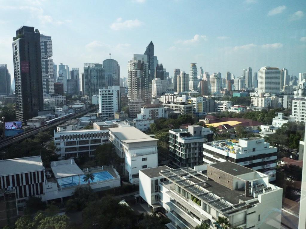 ホテル・ニッコー・バンコク(日航ホテル)の12階から見た景色