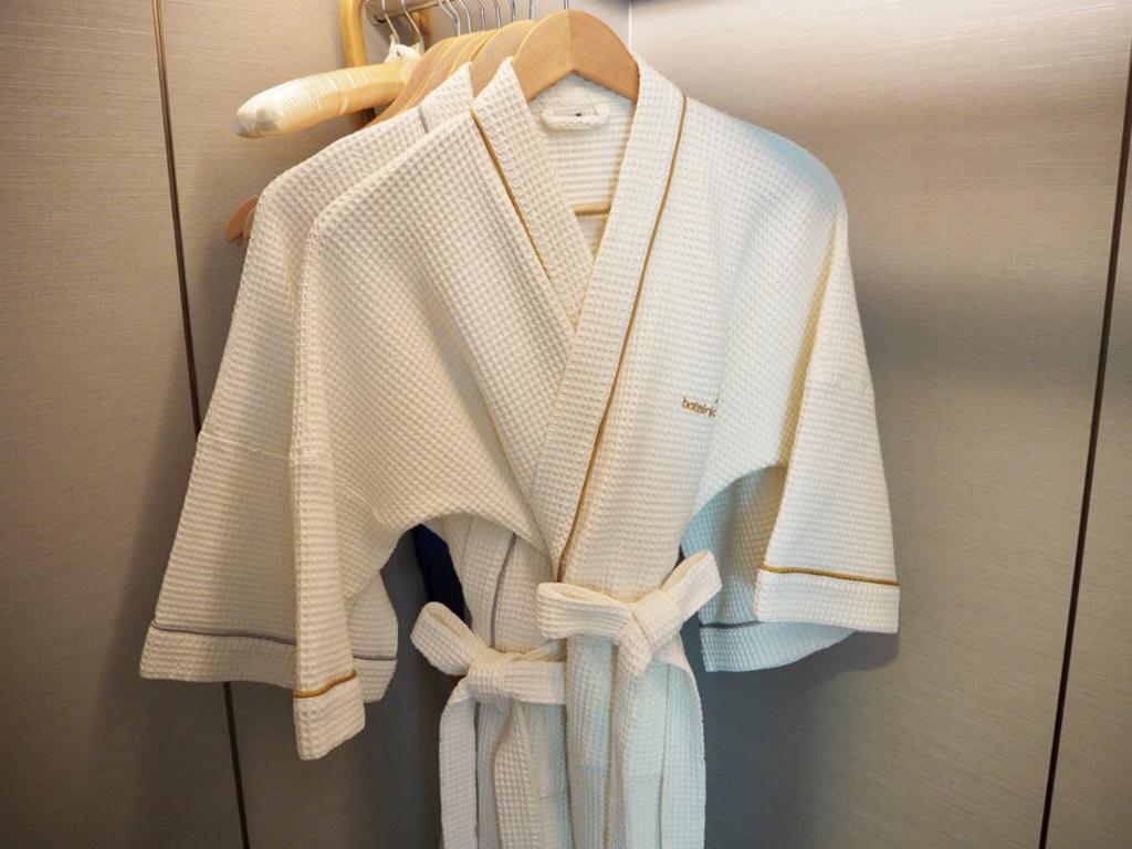 ホテル・ニッコー・バンコク(日航ホテル)のバスローブ