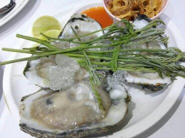 常夏のタイで生牡蠣を食べて平気なのか!?