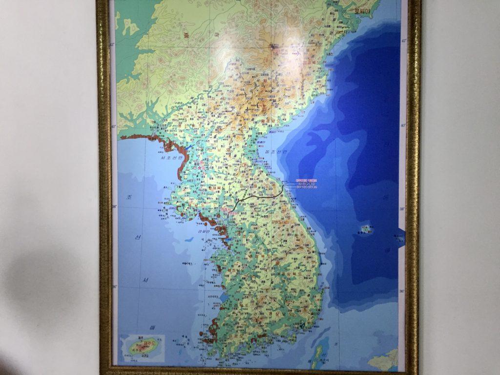 板門店にある朝鮮半島の地図