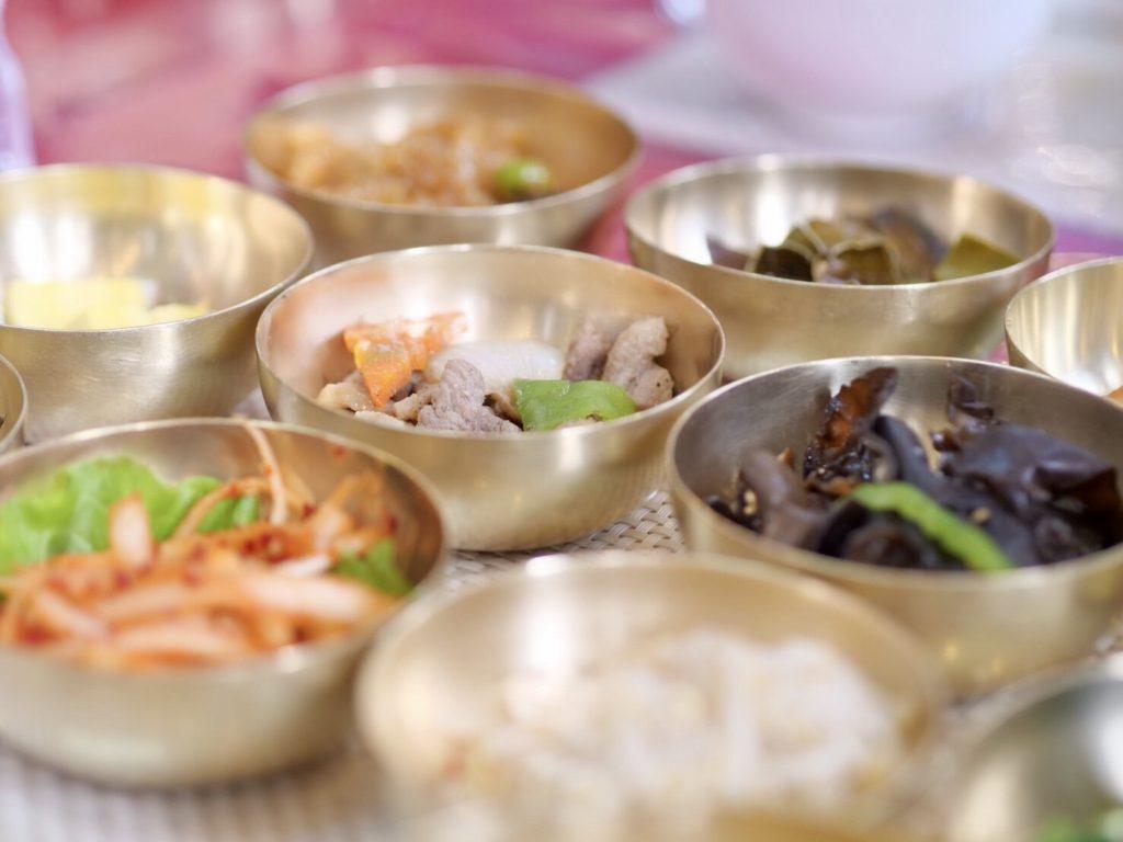 北朝鮮・開城で食べる北朝鮮風おせち料理の数々
