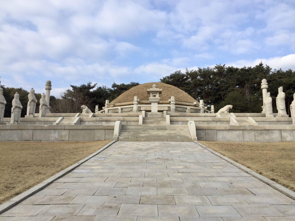北朝鮮・開城の王建王陵