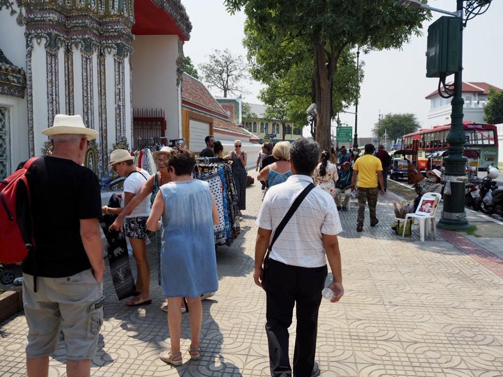 タイ・バンコクの三大寺院周辺のお土産、露店