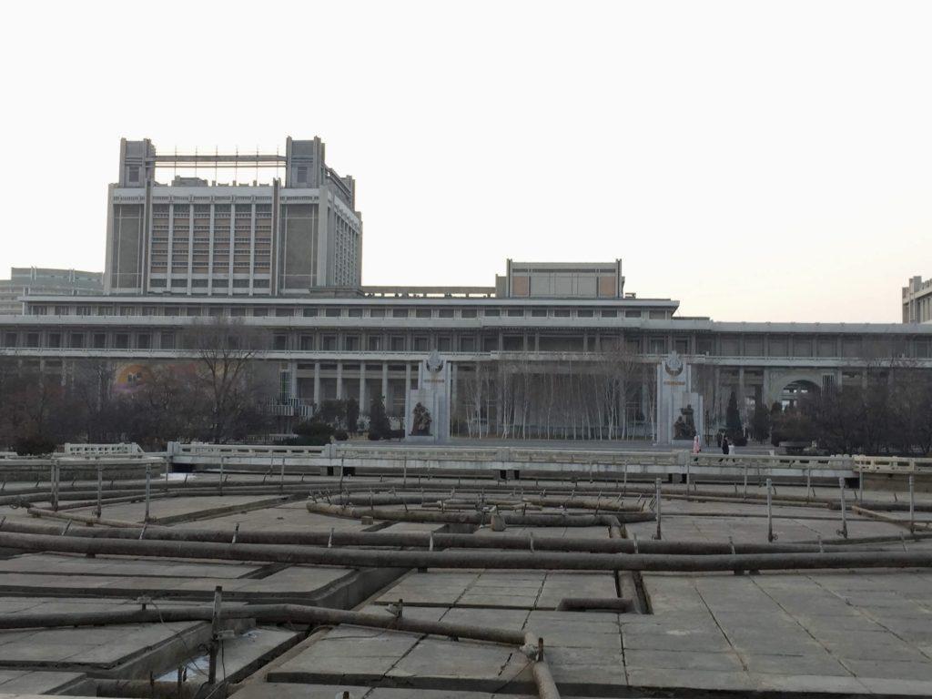 北朝鮮・平壌のデートスポットこと噴水公園