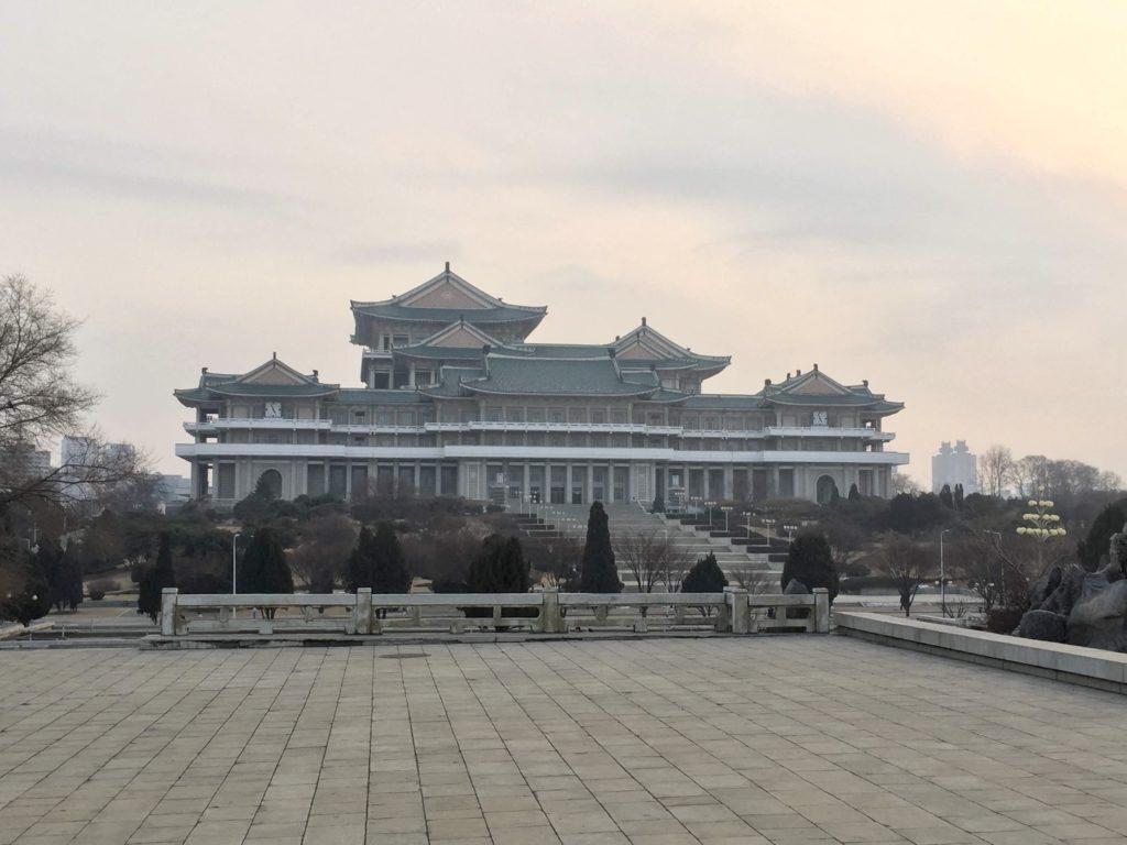 北朝鮮・平壌の国立図書館、人民大学習堂