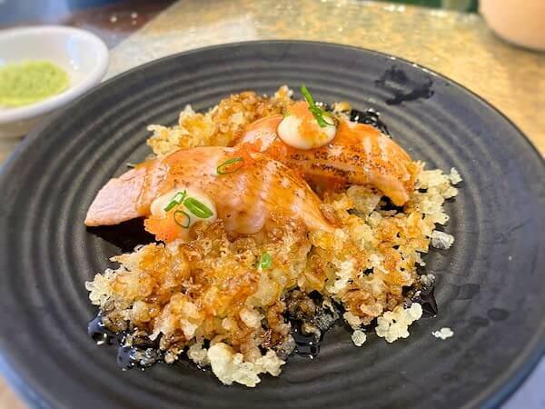 sushi masiで食べたサーモン炙り照り焼き