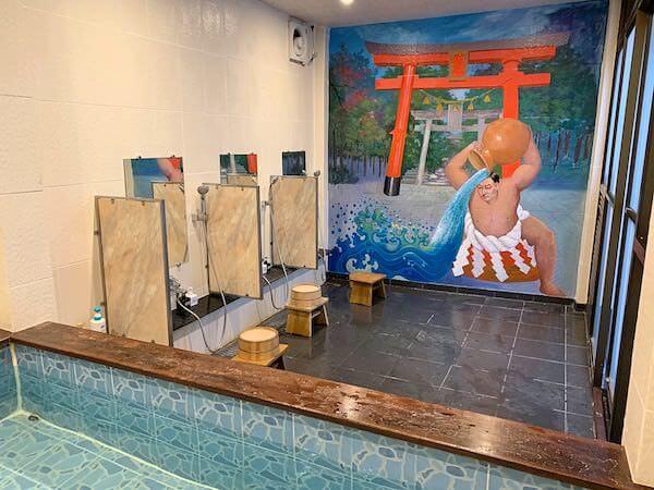 柏屋旅館の大浴場