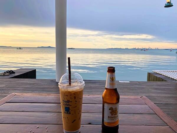 Kept Pier Cafeで飲んだビールとコーヒー