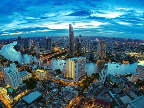 バンコクのシロッコ(Sirocco)から見える景色