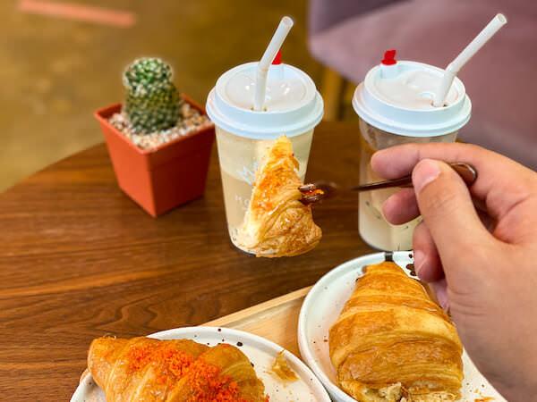 もみじ(Momiji Specialty Coffee)で食べたクロワッサン